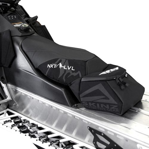 Skinz Airframe Satula Matala Freeride Musta 2011-15 Polaris Pro RMK Integroitu laukku