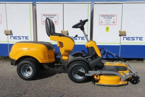 Stiga Park 416 P VM ajoleikkuri + 100 Combi 3 EL QF -leikkuulaite